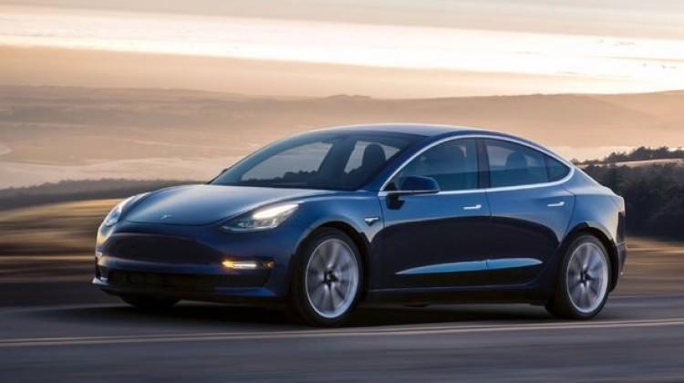 Zorlu 51 tane Tesla alıp paylaşıma açacak