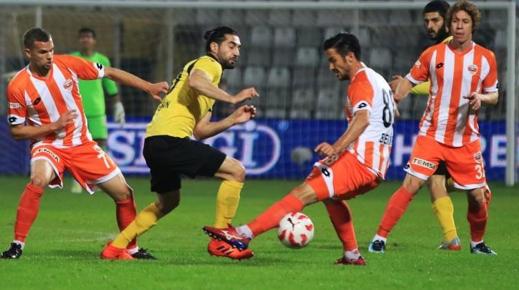 Adana'da maç başladığı gibi bitti