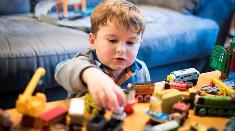 Çocuklarınıza fazla oyuncak alıyorsanız dikkat!