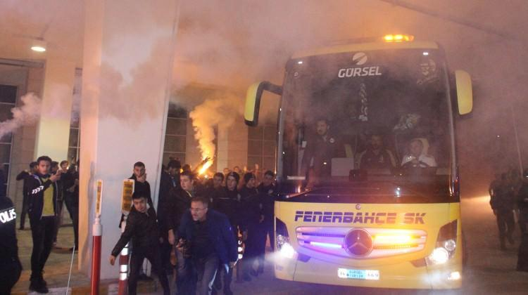 Fenerbahçe'ye coşkulu karşılama!