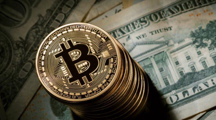 Bitcoin'de düşüş sürerken dev ülkeden yeni hamle