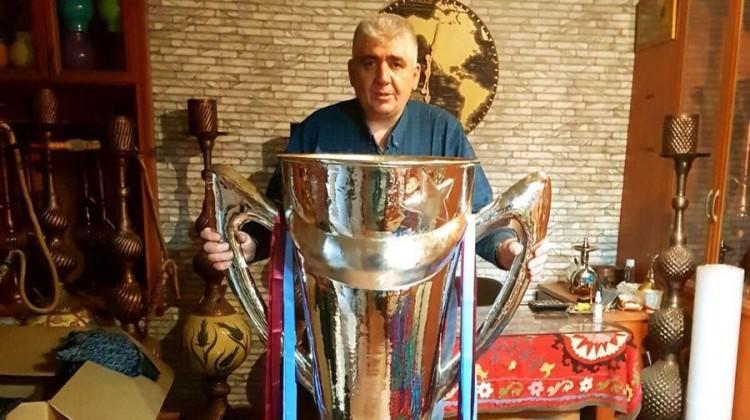 Trabzon'a 2010-11 şampiyonluk kupası!