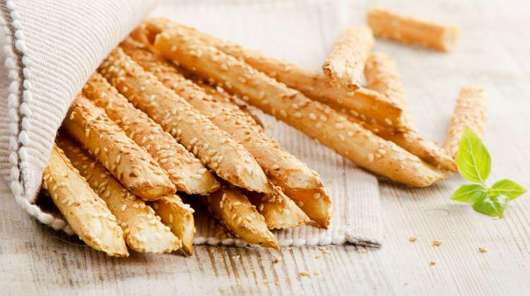 Evde çubuk kraker nasıl yapılır? Nefis susamlı ve baharatlı kraker tarifi