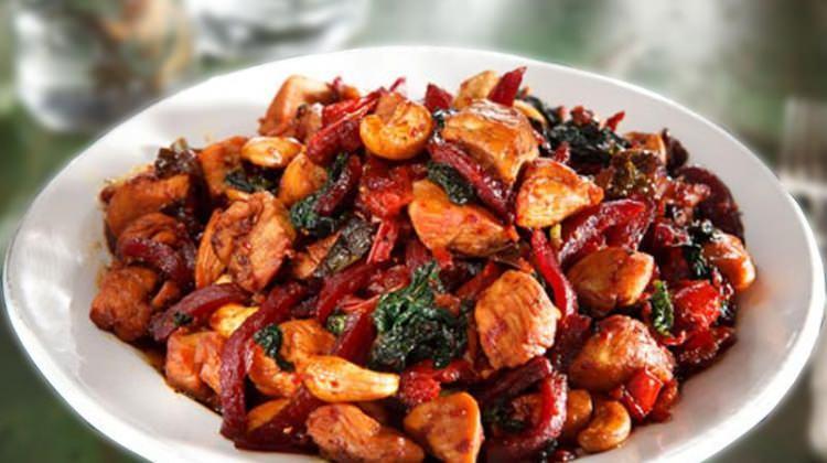 Mutfak lezzetine farklı bir perspektif: Enfes hindi sote tarifi...