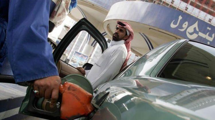 Benzin fiyatları bir günde ikiye katlandı!