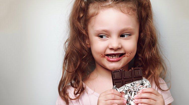 Çocuklar abur cuburu ne sıklıkla tüketmeli?