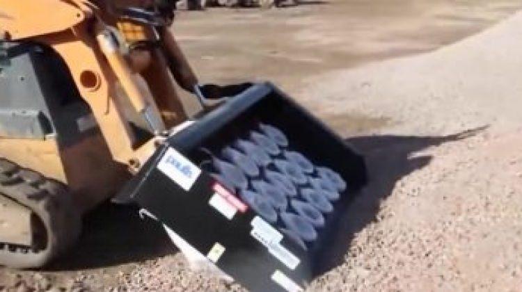 Çuvala kum doldurma makinesi