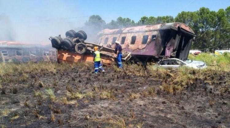 Güney Afrika'da tren kazası: ölüler var