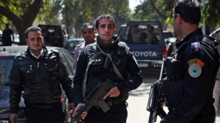 Mısır'da polis merkezinde çatışma çıktı