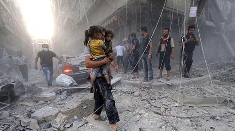 Esed İdlib'de 400 bin insanı açlığa terk etti