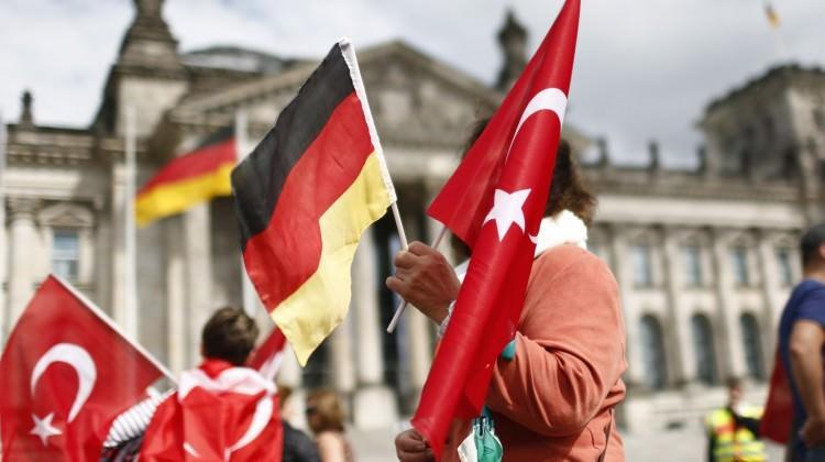 Almanya'da yürürlükte! Bunu yapan Türkler yandı
