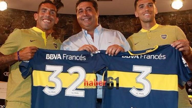 Emmanuel Mas, Tevez'le beraber imza attı