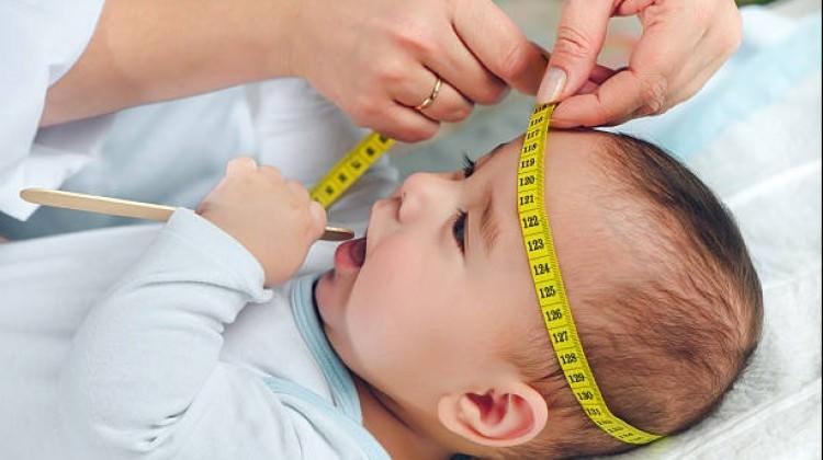 Bebeğinizin baş çevresini mutlaka ölçtürün!