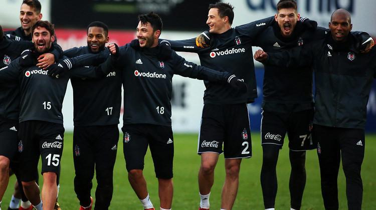 Beşiktaş'a piyango gibi teklif geldi!
