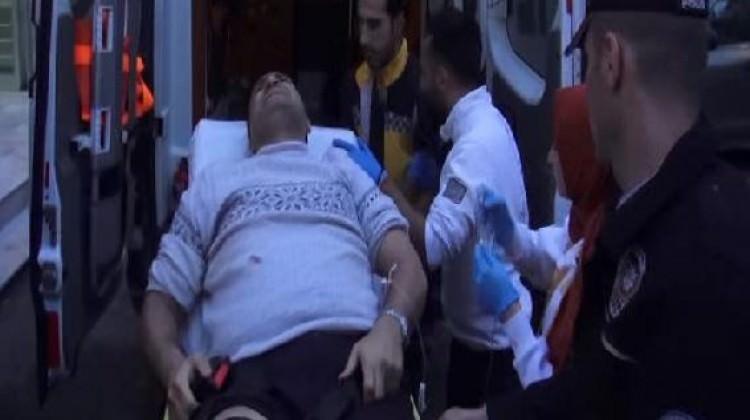 Kadıköy'de işyerine silahlı baskın: 2 yaralı