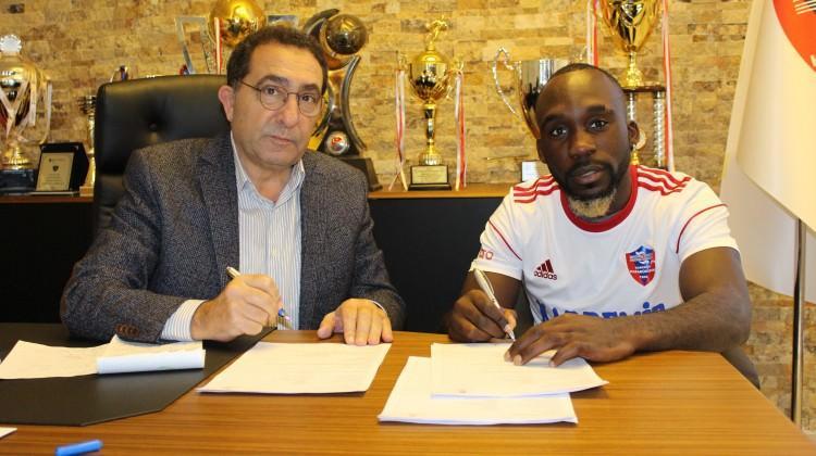 Karabükspor'dan bir transfer daha!