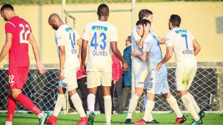 Kasımpaşa, Partizani'yi tek golle geçti