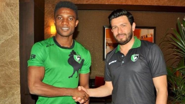 Konyaspor'dan ayrıldı Denizli'ye imza attı