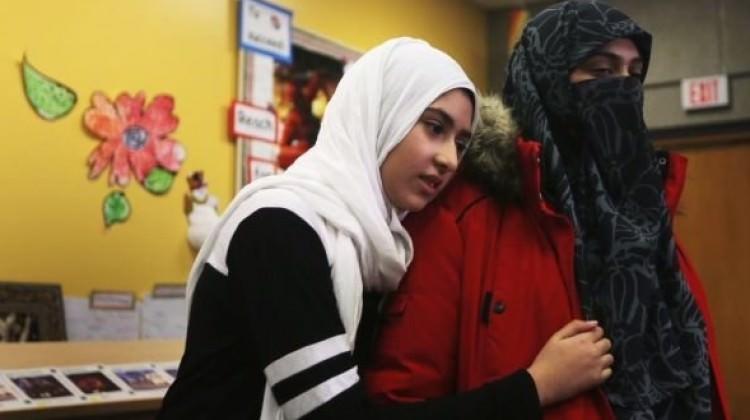 11 yaşındaki başörtülü kıza makaslı saldırı