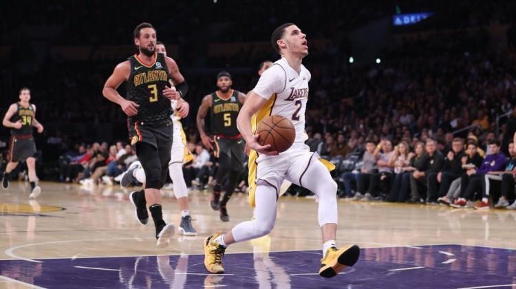 Lakers 9 maç sonra Ersan'lı Atlanta'ya patladı
