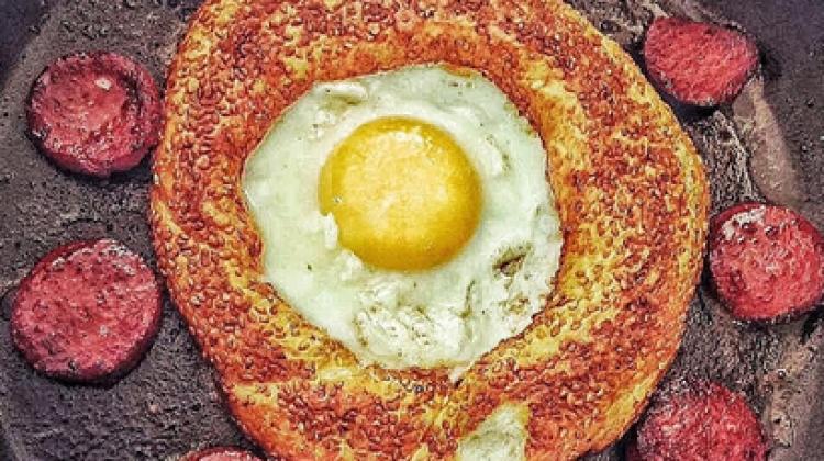 Simit göbeğinde yumurta tarifi