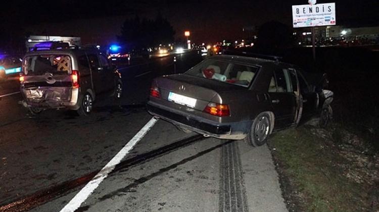 Edirne'de zincirleme kaza: 1 ölü, 7 yaralı