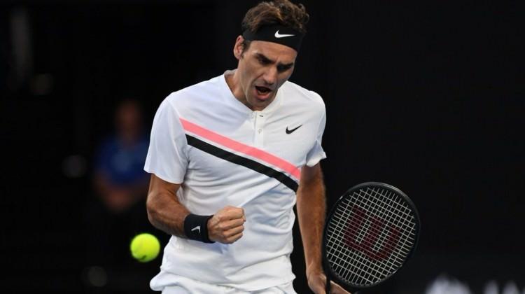 Federer sürprize izin vermedi! Yarı final...