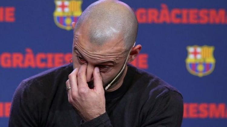 Gözyaşlarıyla Barcelona'ya veda etti!