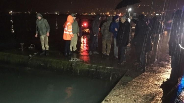 Ordu'da polis otosu denize düştü