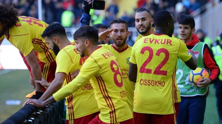 Yeni Malatya Robinho'lu Sivasspor'u devirdi!