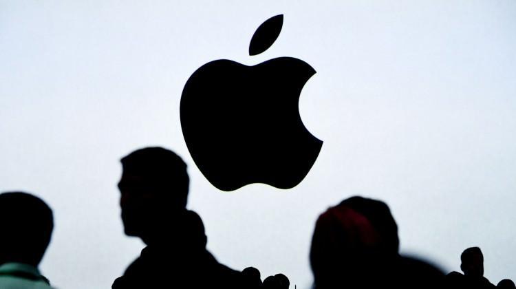 Apple'a şok üstüne şok!
