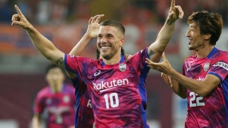 Lukas Podolski kaptan oldu!
