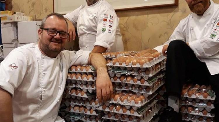 1.500 yerine 15 bin yumurta sipariş edince...