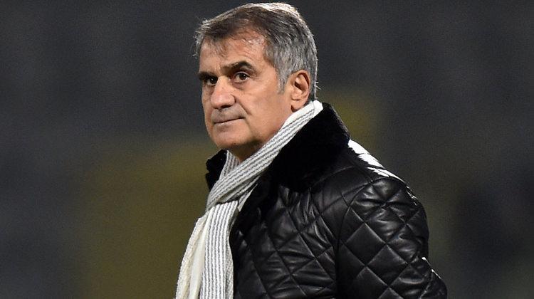 """Beşiktaş'ta ipler koptu! """"İkisini de gönderin"""""""
