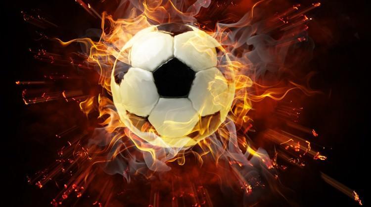 Kulüp binasına silahlı saldırı! Futbolcu vuruldu!