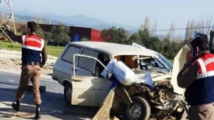 Muğla'da zincirleme kaza: 1 ölü, 2 yaralı