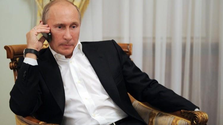 Putin'den şok itiraf: Akıllı telefonum yok!