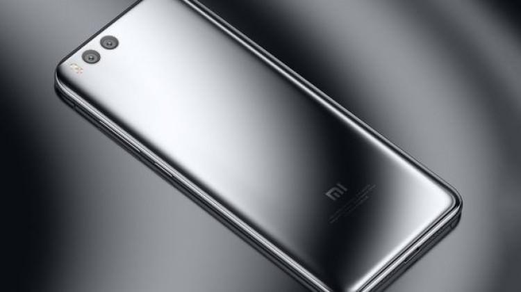 Bu telefon Galaxy S9'u gölgede bırakabilir!