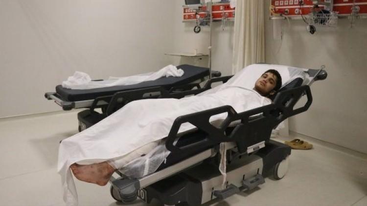 Yaralı terörist Türkiye'ye getirildi! Sorgulanıyor