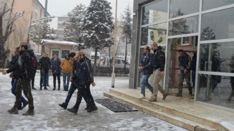 Afrin'le ilgili paylaşımlara 6 tutuklama
