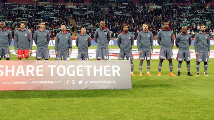 Beşiktaş'ta dev maç öncesi iki şok birden!