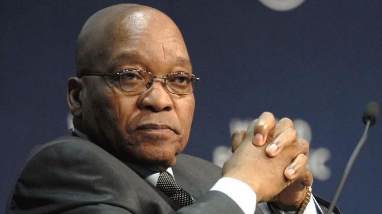 Jacob Zuma baskılara dayanamadı
