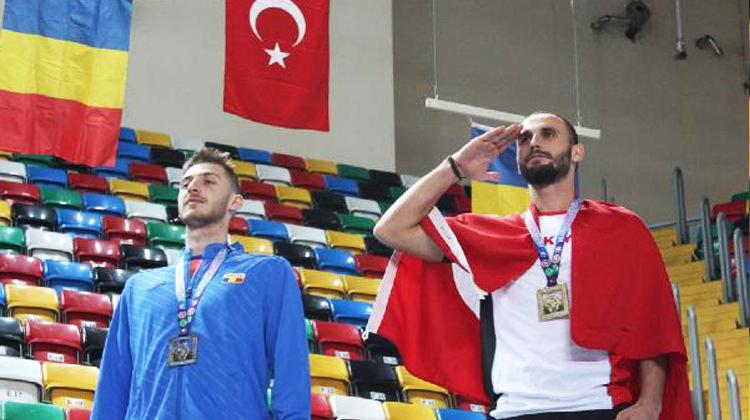 Kanseri yenip şampiyon oldu. Afrin'e selam çaktı