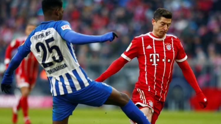 Bayern Münih evinde fren yaptı