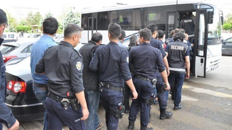 Bitlis merkezli terör operasyonu: 8 tutuklama