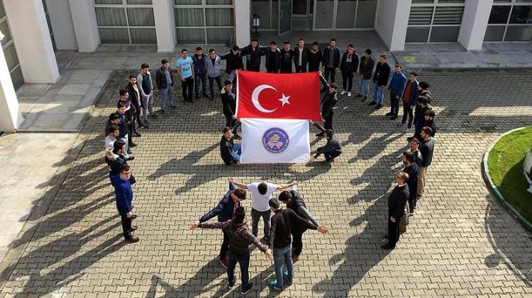 Minik karatecilerden Mehmetçik'e destek