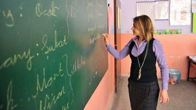 Sistem değişiyor! Öğretmenlere 4 yılda bir sınav