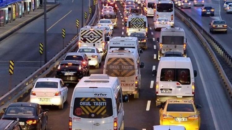 Bakan'dan flaş trafik sigortası açıklaması!