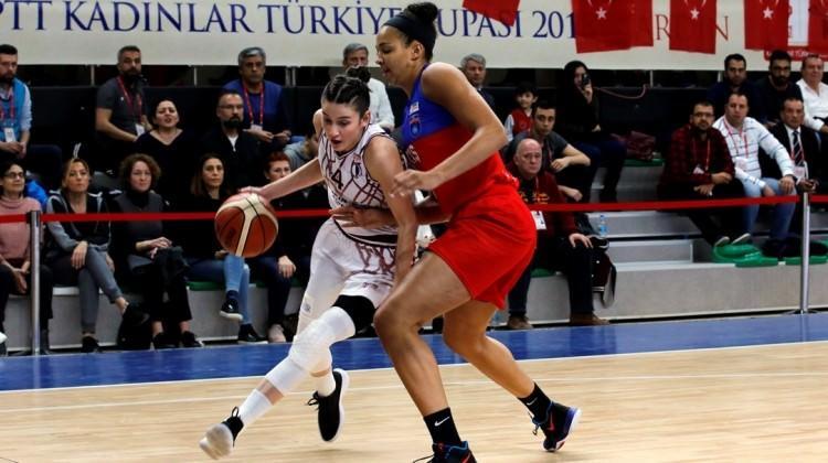 Türkiye Kupası'nda ilk finalist Yakın Doğu!