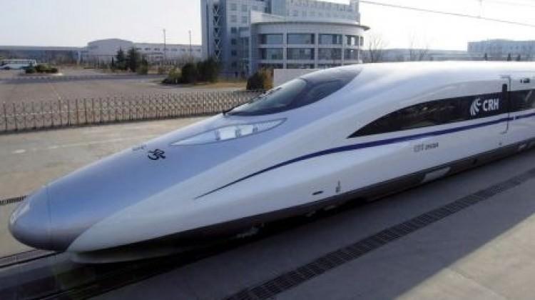 400 km hıza ulaşan hızlı tren geliyor